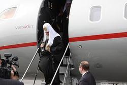 """В аэропорту """"Южно-Сахалинск"""" сегодня принимали воздушное судно GLEX со Святейшим Патриархом Московским и Всея Руси Кириллом на борту"""