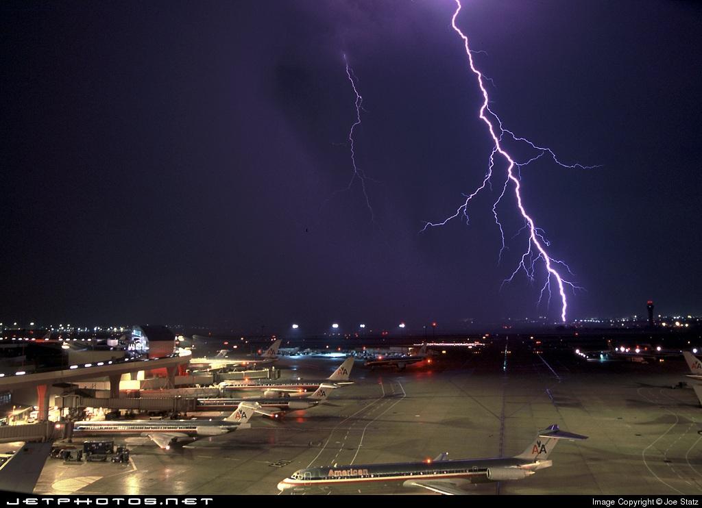 Dallas/Fort Worth International (Dallas, TX) (DFW)